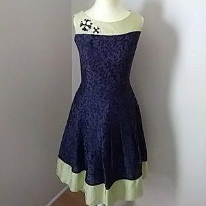 Kay Unger New York floral dress